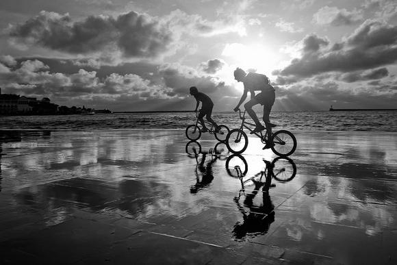 骑行-灵魂在车轮子上翻滚